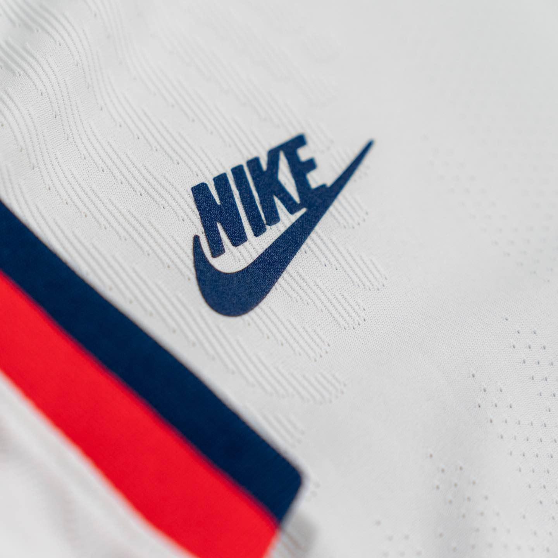 fertilizante graduado Barra oblicua  USWNT & USMNT Jersey Launch | Nike Soccer Uniforms Home & Away