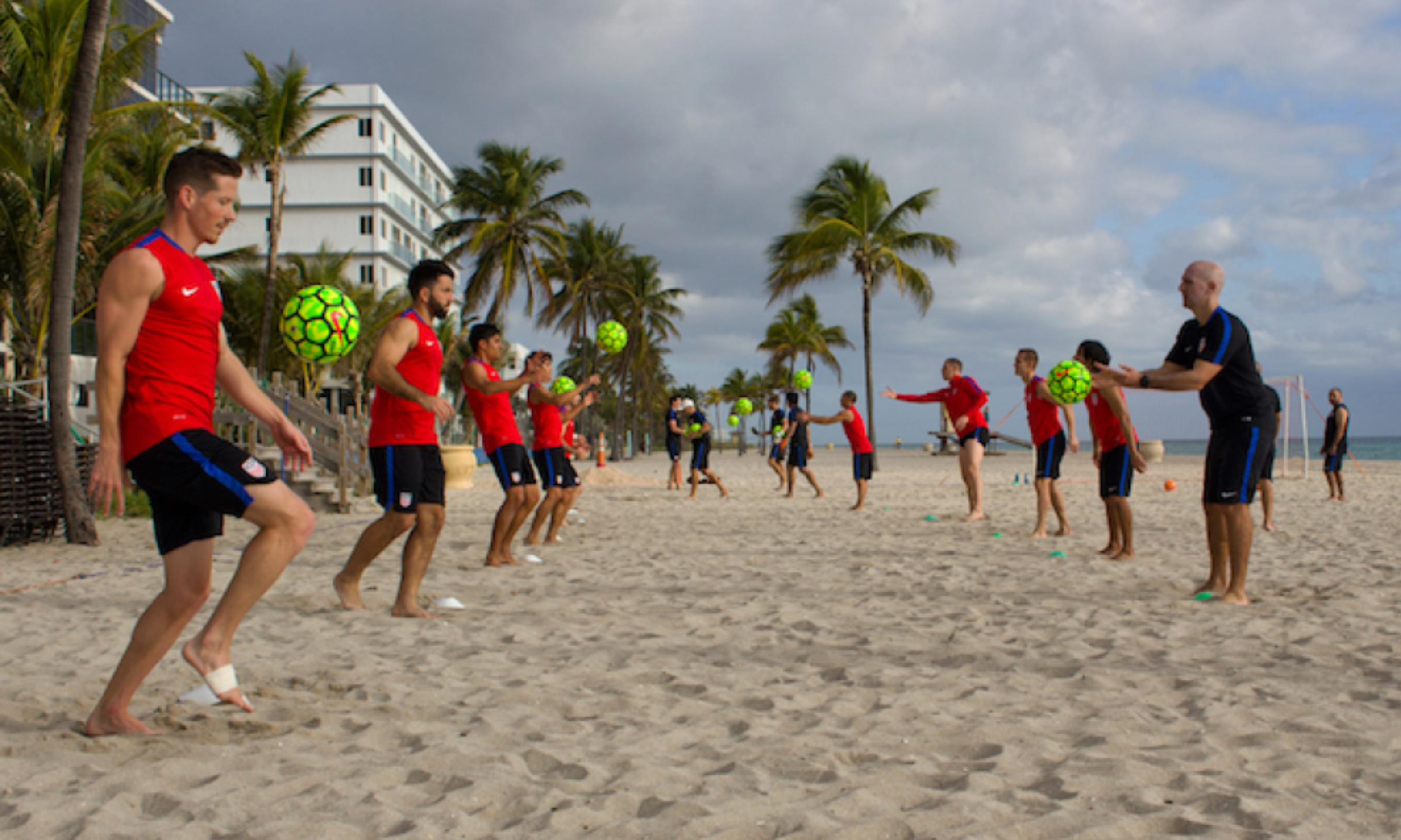 U.S. MEN'S BEACH SOCCER NATIONAL TEAM