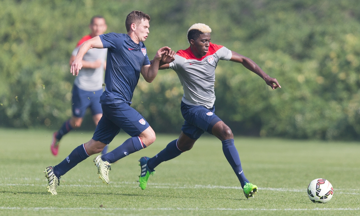 Wil Trapp and Gyasi Zardes